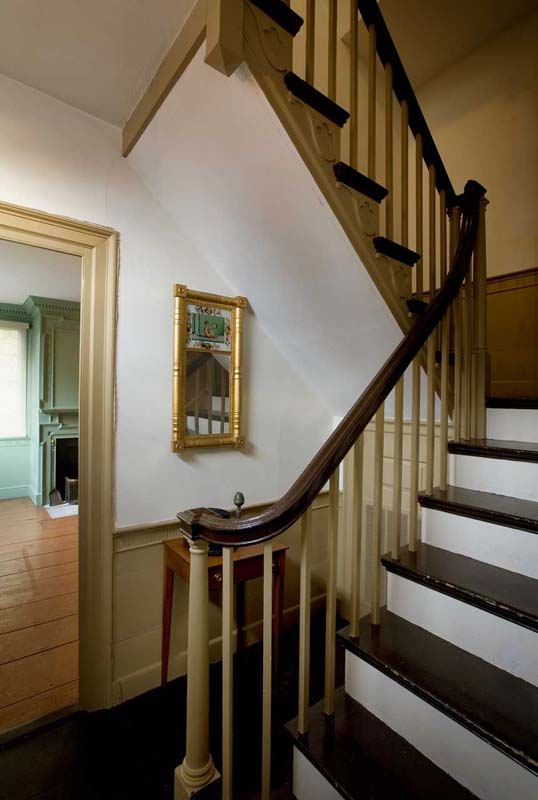 The Captain Elias Davis House, interior stairway. Photo by Steve Rosenthal, c. 2010.